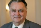 Premier Jan Olszewski: Ks. Popiełuszko był wojownikiem o prawdę